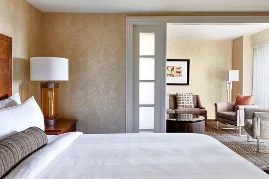 One-Bedroom Junior Suite - Bedroom