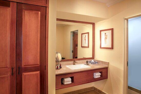 Suite - Vanity Area