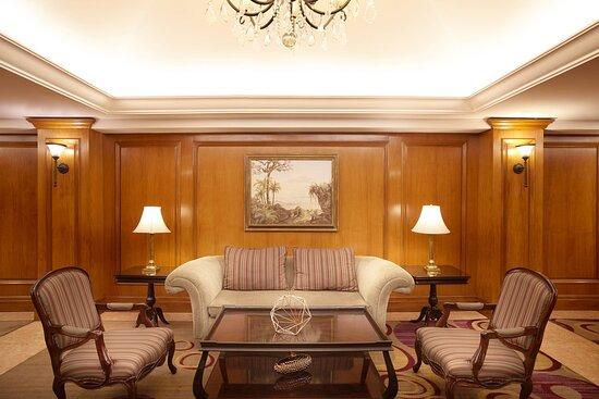 Meeting Room Facilities - Foyer