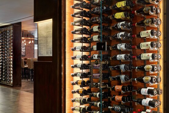 Morton's Grille Niagara Falls - Wine Bar