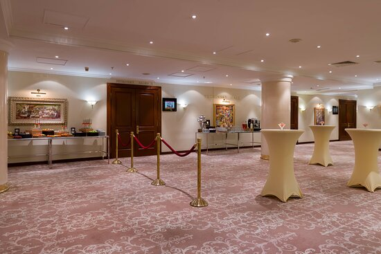 Petrovsky Ballroom - Pre-Function Area