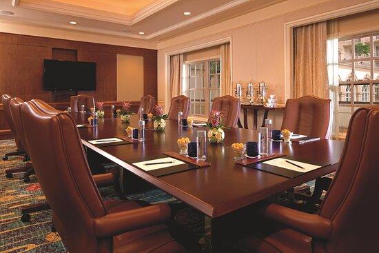Boardroom Meeting Venue