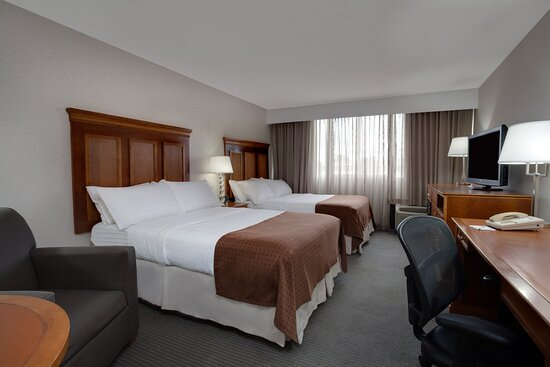 Holiday Inn Bangor - Two Double Bed Guest Room