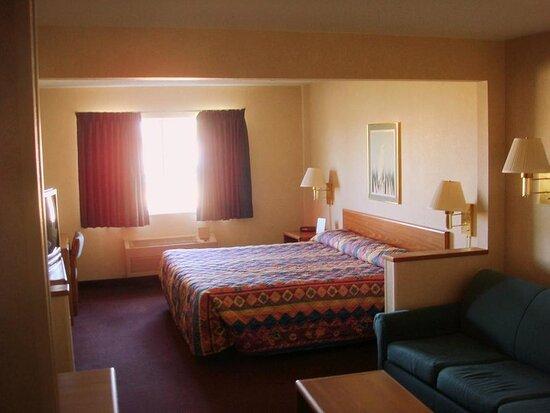 Fremont, NE: Non Smoking King Bed