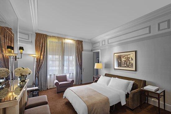 Makassar Suite - Sofa Bed