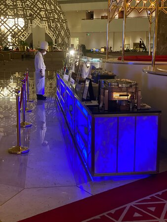 Great Buffet dinner with Exceptional service