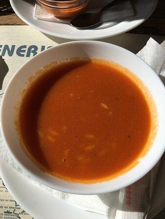 Die überwürzte Tomatensuppe ....mit sehr viel Reis (?)