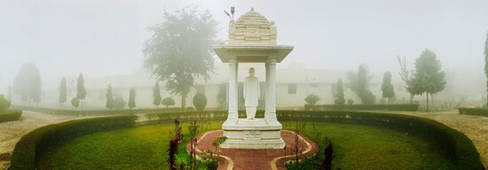 Pilani, Ινδία: Awesome place for staying, Wellness yoga services, full of greenery.  Must visit.