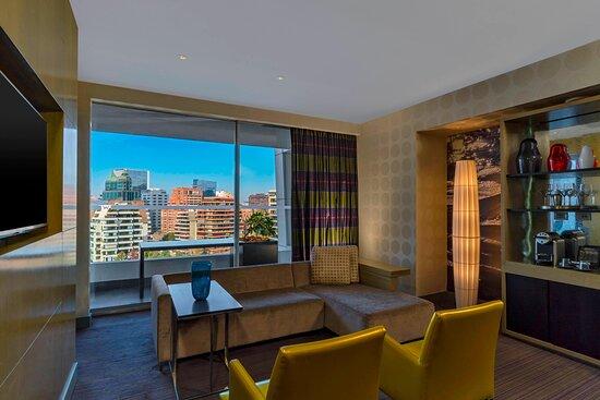 Marvelous Suite - Living Room