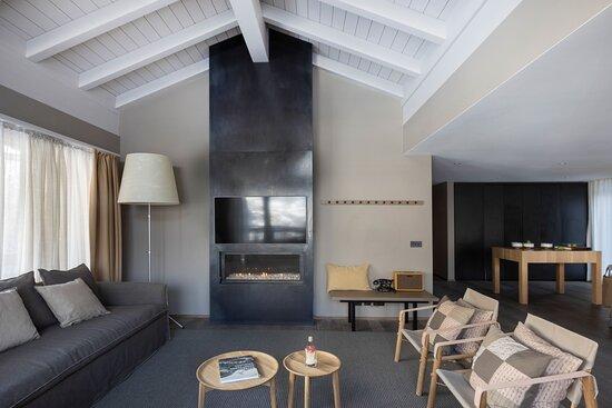 Alpinist Roof Suite Living Room