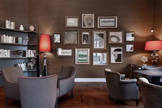 Suite Bar