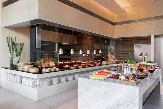 Bistro M - Breakfast Buffet