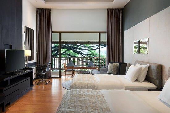 Deluxe Garden View - Twin Beds Room