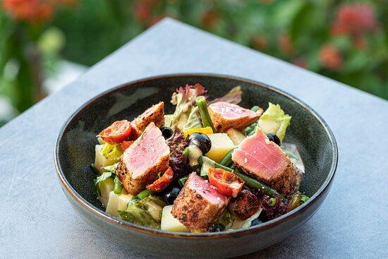 Black Goose Buns & Brews - Tuna Salad