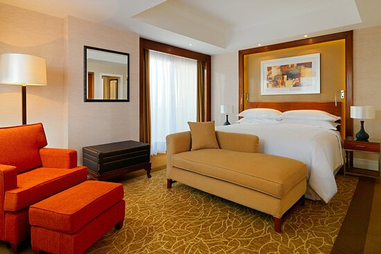 King Pool View Grand Guest Room with Balcony