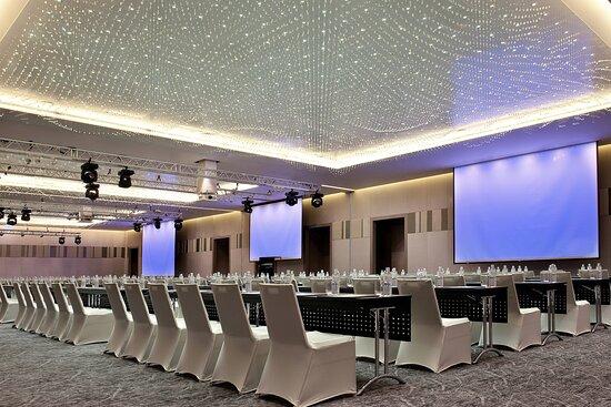 Grand Ballroom-Classroom Meeting