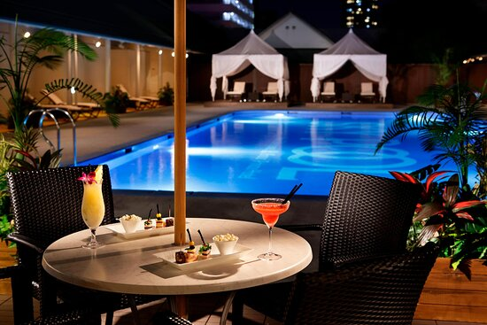 Grand Prince Hotel Shin Takanawa, Sky Pool