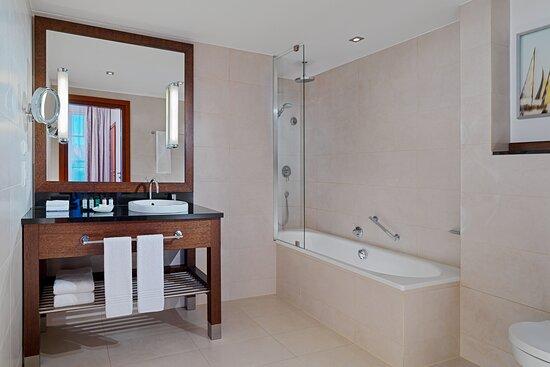 Molo Suite - Bathroom