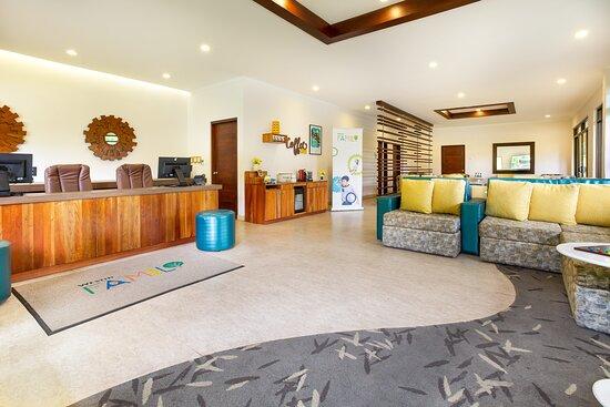 Westin Family Lounge
