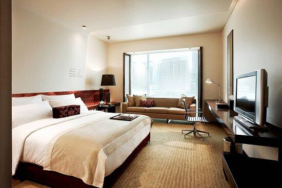 King Vista Guest Room