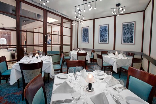 Ruth's Chris Steak House - Private Dining Area