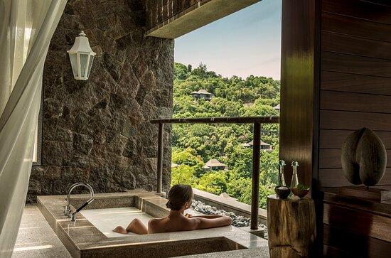 Spa outdoor bath