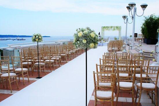 Rooftop Panorama - Wedding ceremony