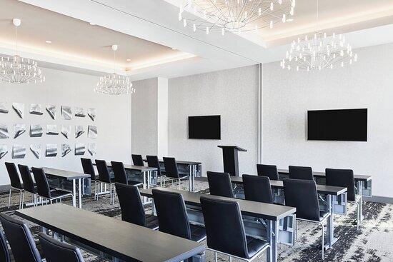 Aviation Meeting Space - Classroom Setup