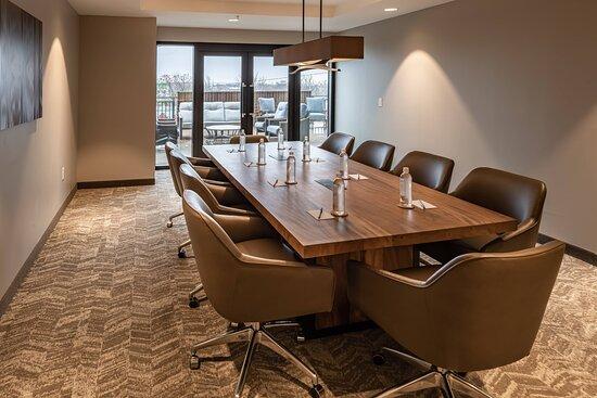 Conference Room Suite - Boardroom