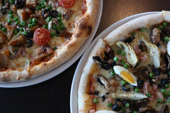 Pizza La Capriciosa and Pizza La Riviera