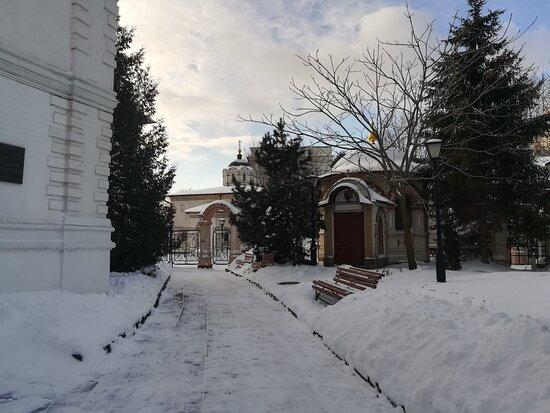 Подворье Афонского Свято-Пантелеймонова монастыря, 6