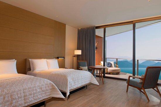 Ocean Twin Deluxe Guest Room Room