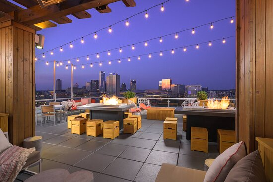 Up Rooftop Lounge - Patio