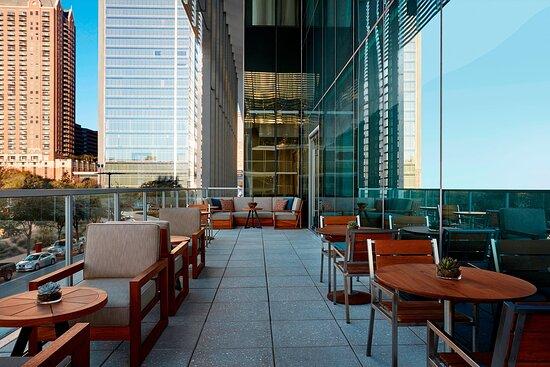 Biggio's - Terrace