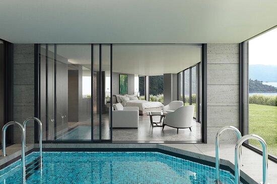 Indoor Grand Pool Suite