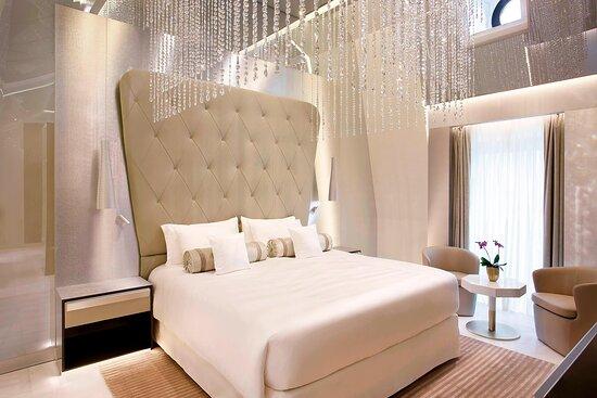 Katara Royal Suite - Princess Bedroom