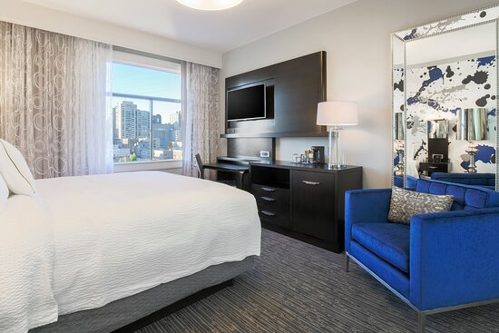 King Guest Room - High Floor City View