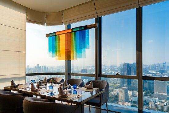 Yun All Day Dining Restaurant Window Seat