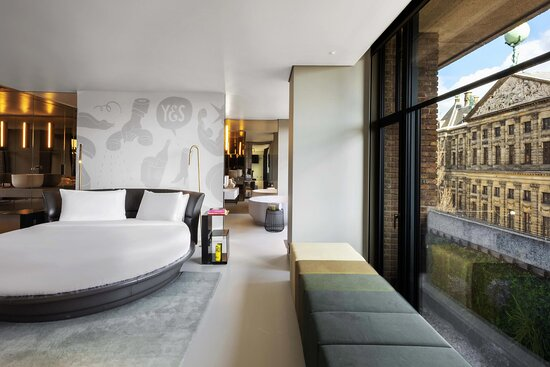 Extreme WOW Exchange One-Bedroom Studio