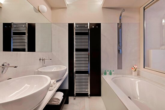 Uliveto Deluxe Guest Room - Bathroom