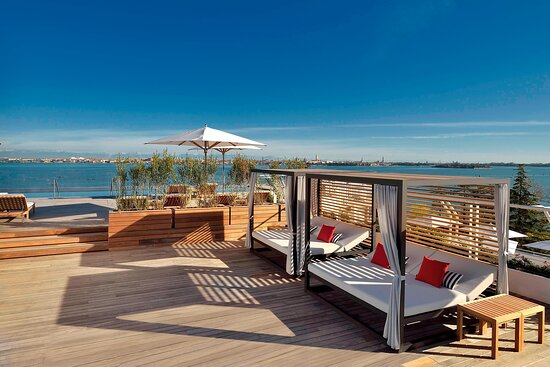 Rooftop Pool Cabana