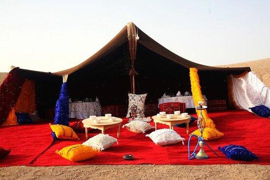 Cena mágica en el desierto de...