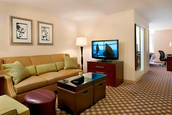 One-Bedroom Executive King Suite
