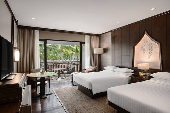 Double/Double Premium Guest Room - Pool View