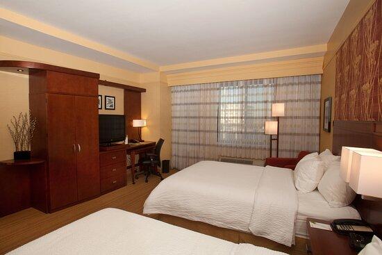 Queen/Queen Guest Room