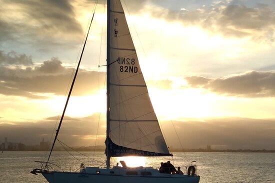 SailSnorkelParty