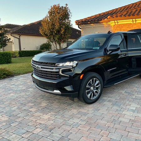 St. Petersburg, FL: New suburban 2021 available now to book call or text 844-938-2672 www.WeDriveTampa.Com