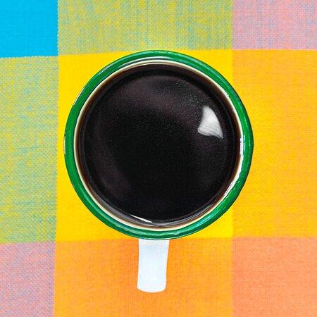 El sabor de la tradición en una taza de café de talega.