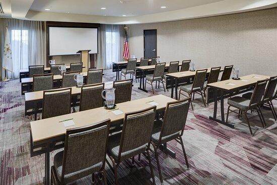 Narragansett Meeting Room