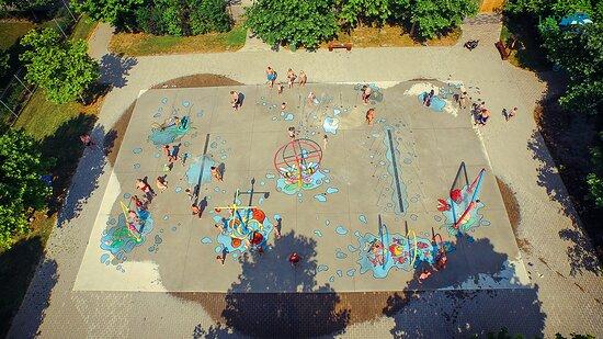 Lipot, Ungarn: Vízi játszó park